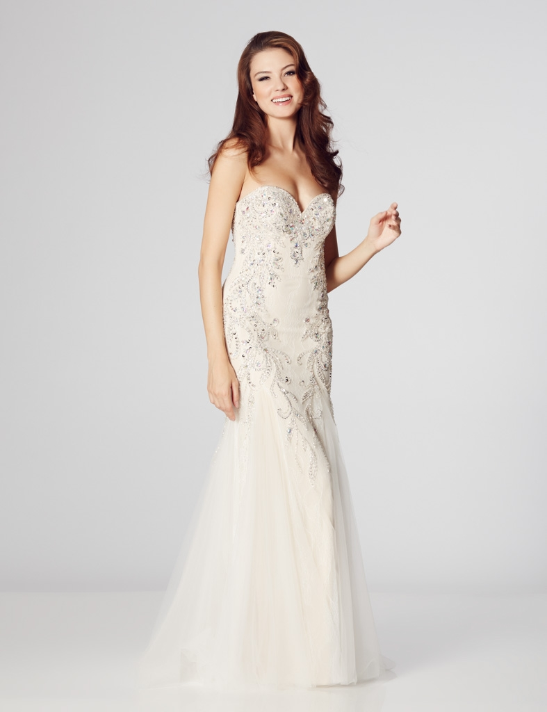 Wedding dress sale clearance prices discount designers manchester bridesmaids dresses prom wear bridal wear accessories designs by true bride alfred angelo whiterose bridal dzage by veromia linzi jay and ombrellifo Images