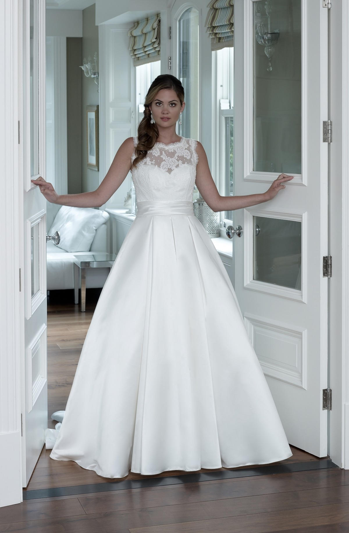 Wedding Dress Sale Clearance Prices Discount Bridal Shop Designers ...